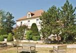 Location vacances  Charente - Holiday home Baignes-St.-Radegonde with a Fireplace 389-4