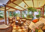 Location vacances Massa Lubrense - Sant'Agata sui Due Golfi Villa Sleeps 6 Pool-2