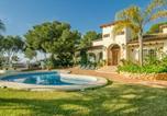 Location vacances La Nucia - Luxury Villa with Private Pool and Jacuzzi in L'Albir-1