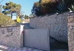 Location vacances Puig Ventós - Three-Bedroom Holiday home Lloret de Mar 08-3
