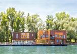 Hôtel Serbie - Arkabarka Floating Hostel-1