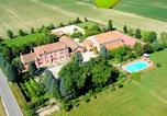 Location vacances Adria - Cozy Farmhouse in Veneto with shared pool-1