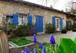 Location vacances Le Vigeant - Holiday Home Moulin De Mois-2