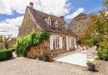 Location vacances Perpezac-le-Blanc - Heritage House with pool in Badefold-d'Ans-1