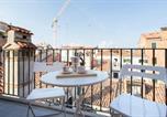 Location vacances  Ville métropolitaine de Venise - Venice Luxury Terrace View of San Marco-3