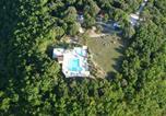 Camping 4 étoiles Valeilles - Camping Naturiste Les Manoques-1