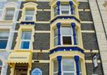 Location vacances Aberystwyth - Queensbridge Hotel-1