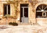 Location vacances Thonac - Les chambres de l'Atelier à Montignac Lascaux-4