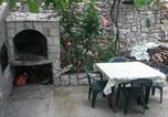 Apartments with a parking space Trpanj, Peljesac - 11545