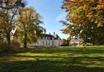 Hôtel Lanneray - Chateau La Touanne Avec Piscine Chauffée - With Heated Swimming Pool-1