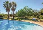 Location vacances Montagnac - Stunning home in St Pons de Mauchiens w/ Outdoor swimming pool, Outdoor swimming pool and 4 Bedrooms-1