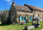 Location vacances Breugnon - Charmant gîte dans petit hameau de campagne-1