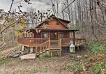 Location vacances Roanoke - Hawks Nest Cabin with Views, Near Peaks of Otter-1
