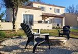 Location vacances Roussillon - Maison de 2 chambres a Saint Saturnin les Apt avec jardin clos et Wifi-1
