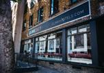 Hôtel Londres - Clink261 Hostel