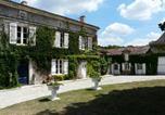 Location vacances Manzac-sur-Vern - Domaine de Fauveau-4