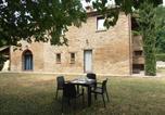 Location vacances  Province de Forlì-Césène - Cozy Holiday Home in Modigliana Italy with Garden-4
