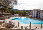 Location vacances  Corse du Sud - Magnifique appt 85m2, terrasses 30m2, piscine, tennis-1