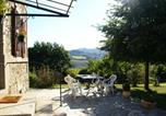 Location vacances  Cantal - Cozy Holiday Home in Senezergues with Garden-2
