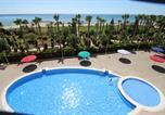 Location vacances Cabanes - Apartamentos Vacacionales Marina Dor-1