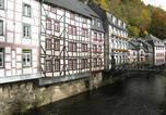 Location vacances Montjoie - Holiday home Zur Post 2-4