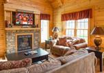 Location vacances Gatlinburg - Peyton's Hideaway, 3 Bedrooms, Yard, Hot Tub, Pet Friendly, Wifi, Sleeps 10-1