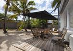 Location vacances  Réunion - Villa La Cabane 3étoiles - 3 chambres - 50 m de la plage de Grand Fond, St-Gilles-les bains-1