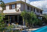 Location vacances Pula - Fox e Sali-Monte Agumu Villa Sleeps 4 Pool Air Con-1