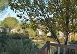 Location vacances Berrias-et-Casteljau - Maison Grospierres, 2 pièces, 5 personnes - Fr-1-382-26-2