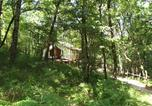 Camping avec Site nature Montpeyroux - Camping glamping Terre Rouge-4