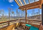 Location vacances Carbondale - Modern Cabin w/ Balcony Views + Fireplace!-1