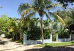 Location vacances West Palm Beach - Tropical Garden Bungalow Resort-2