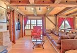 Location vacances Springfield - Timeless Red Sox Retreat with Scenic Mountain Views!-3