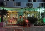 Location vacances Negombo - This Is It Airport Hotel and Restaurant-1