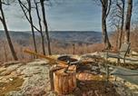 Location vacances Crossville - Cumberland Mtn Cabin with Grill and Stunning Views!-1