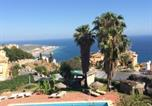 Location vacances Salobreña - House with 2 bedrooms in Salobrena with shared pool and Wifi-1
