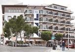 Location vacances  Espagne - Hostal Residencia Eolo-2