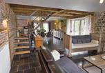Location vacances Philippeville - Spacious Cottage with Fenced Garden near Forest in Gimnee-4