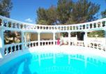 Location vacances Beaucaire - Villa Romantique-2