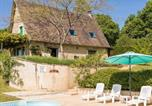 Location vacances Gabillou - Beautiful holiday home in Thenon with Pool-1