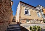 Location vacances  Slovaquie - Reconstructed Historical City Centre Apartments-1