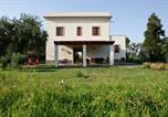 Location vacances Patti - Galice Villa Sleeps 8 Air Con Wifi-1
