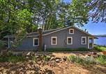 Location vacances Lake George - Waterfront Glen Lake Cottage w/Porch, Canoe&Kayak!-3