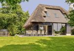 Location vacances Molenschot - Tranquil Farmhouse in Rijsbergen with Hot Tub and Garden-1