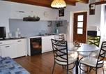 Location vacances Fons - Two-Bedroom Holiday Home in Le Bouyssou-3