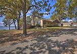 Location vacances Carthage - Grand Lake Waterfront Home Shared Boat Ramp!-2