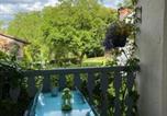 Location vacances Saint-Jacques-d'Ambur - Gites Le Vieux Vinzelles-3