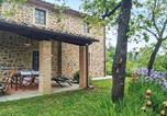 Location vacances Pescia - Amazing home in Buggiano with Outdoor swimming pool, Wifi and 2 Bedrooms-2