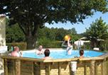 Camping avec Piscine Nesmy - Camping Le Moulin de Rambourg-1