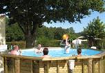 Camping avec Piscine Saint-Martin-Lars-en-Sainte-Hermine - Camping Le Moulin de Rambourg-1